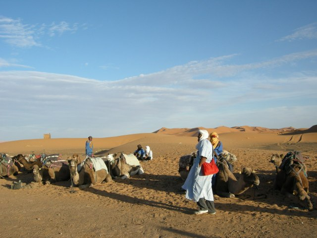 "Camel drivers waiting for their ""clients"""